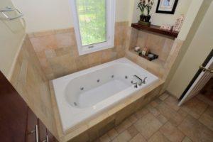 Main Bath Whirlpool Tub